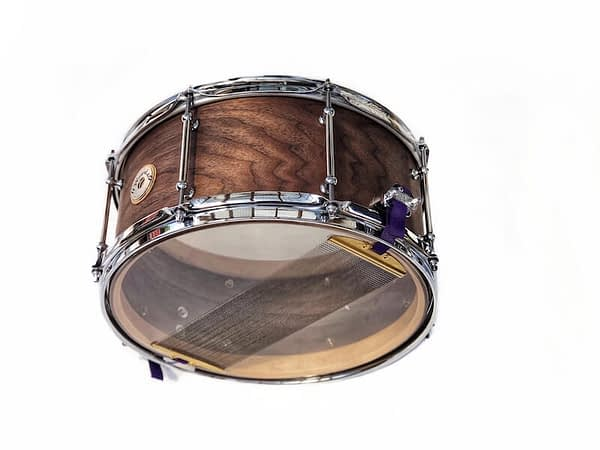 Figured walnut enhanced grain 14 x 7 snare drum